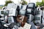 Μολυσμένες τηλεοράσεις έχουν συγκεντρωθεί σε μια προσπάθεια καθαρισμού της περιοχής